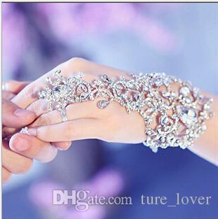 Ücretsiz Kargo Ucuz Eldiven Düğün Gelin Takı Kristal Rhinestone Parmak Zincir Yüzük Bilezik Muhteşem Parti Olay Bileklik Bilezik