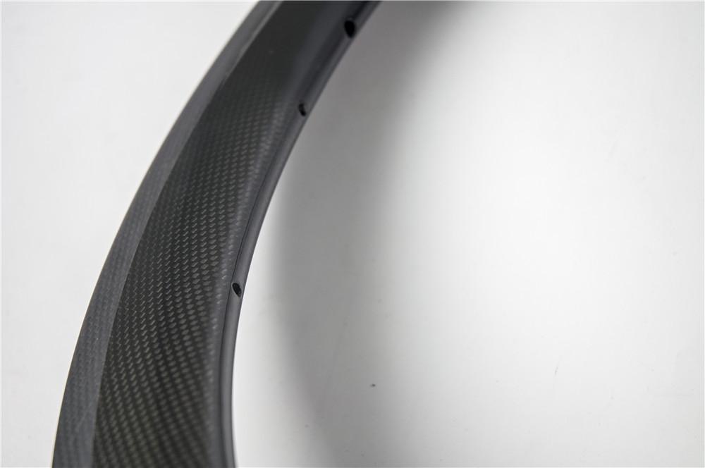 Nueva 700C 50mm bicicleta de carretera 3K UD 12K ruedas de bicicleta de carbono completo remachador llantas tubulares con superficie de freno de basalto 20.5 / 23 / 25mm de ancho Envío gratis