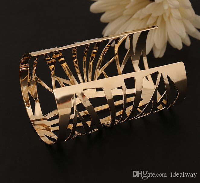 النمط الأوروبي الموضة الجديدة سبائك الذهب مطلي فتح الكفة الجوف خارج أساور الإسورة للنساء المجوهرات