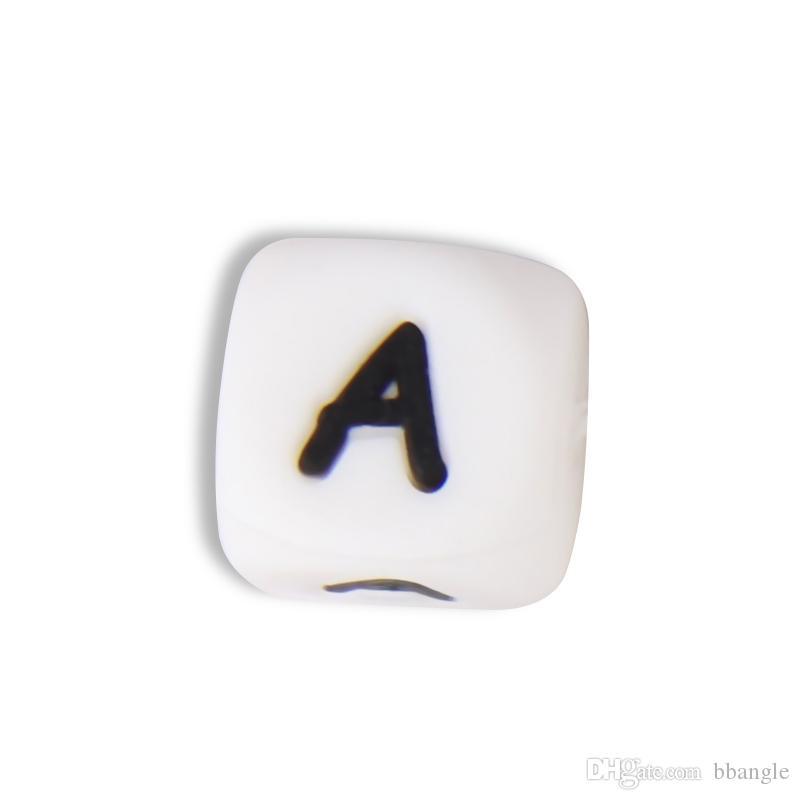 Perles d'alphabet en silicone 12mm BPA Lettres de qualité alimentaire gratuites Mâcher des perles pour collier de dentition DIY Chewelry Baby Teachers