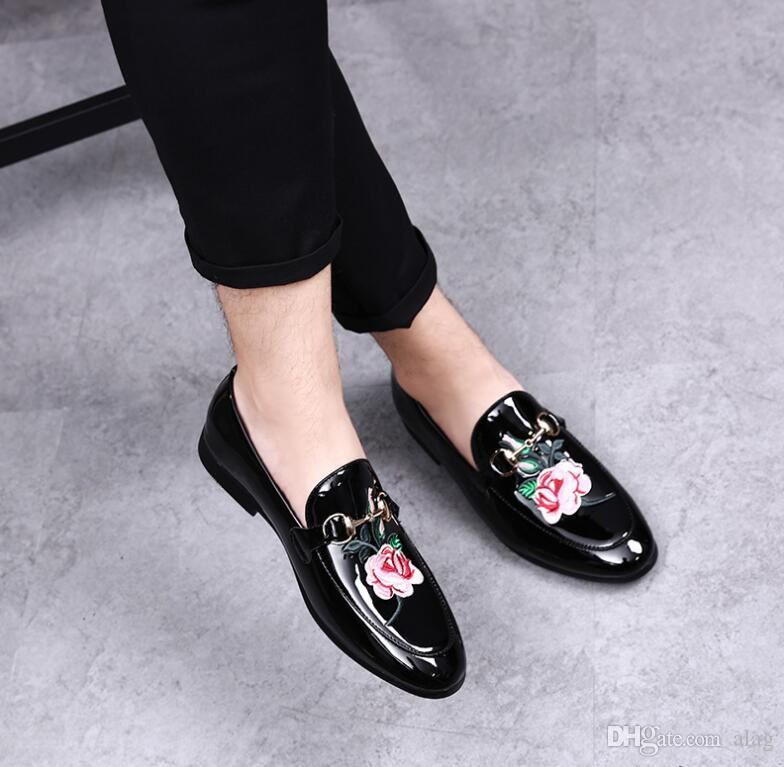 Fashion Studded Rivet Spike velvet Men's Trendy Homecoming Dress Shoes Italy Style Man Party Wedding Shoes moccasins plus size 38-46 AXX571