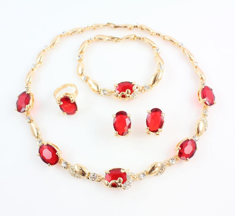Femmes 18K Or Plaqué Bijoux Ensembles Nouvelle Mode Rouge Autriche Cristal Strass Accessoires De Mariage Dubaï Collier Ensemble