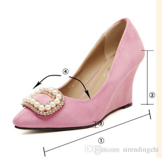 High heeled European shoes 2017 spring summer new diamond buttons shallow low shoes