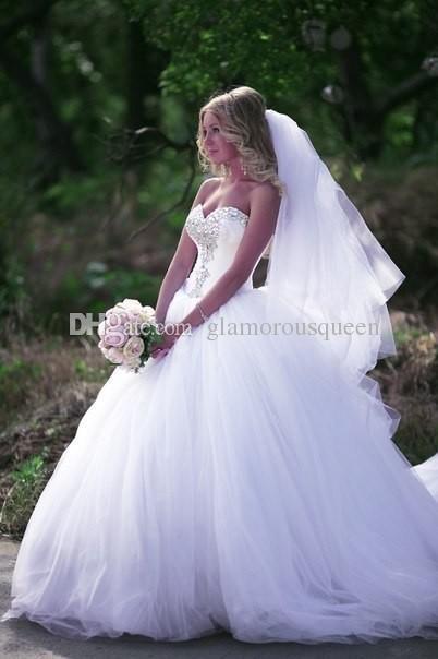 الفاخرة الأبيض الكرة بثوب فستان الزفاف تول قطار كريستال مطرز الحبيب مشد قبالة الكتف vestidos دي novia مثير bridals