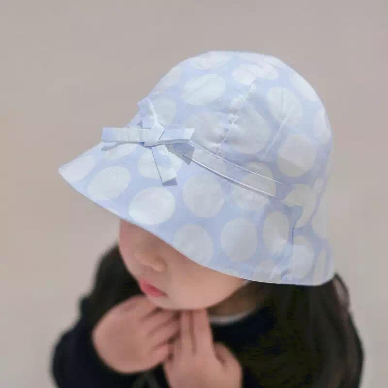 607ac396cbf25 2019 Dotted Girls Bucket Hat With Chin Strap Kids Outdoor Sun Hat  100%cotton Sun Caps Summer Kids Hat 2016 Kids Fisherman Caps 6 Size Can  Choose From ...