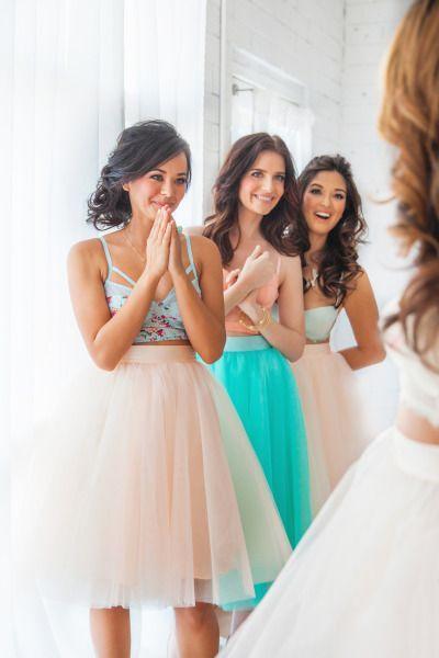 Nuevo Sasion Tulle Faldas Longitud de té Mutilayers Vestidos de dama de honor coloridos Colorido por encargo En stock Vestido de dama de honor de alta calidad