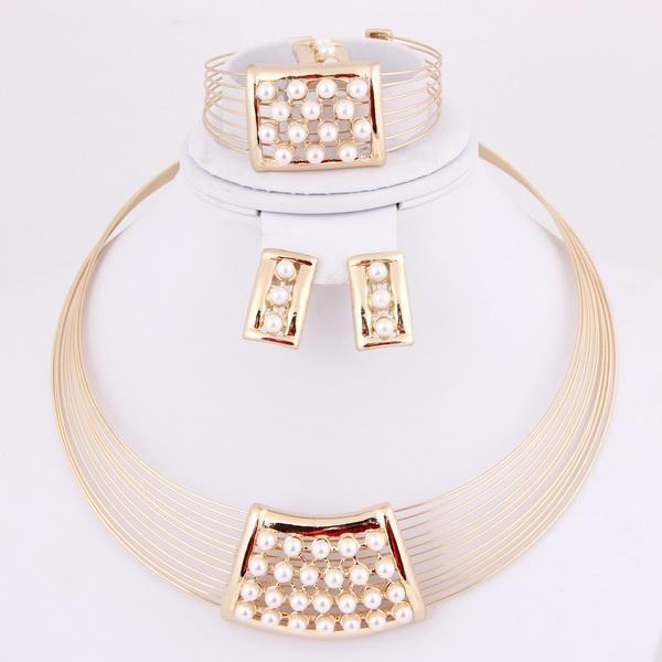 2018 Arabic Bridal Jewelry Set Dubai Wedding Jewellery Designs A1044
