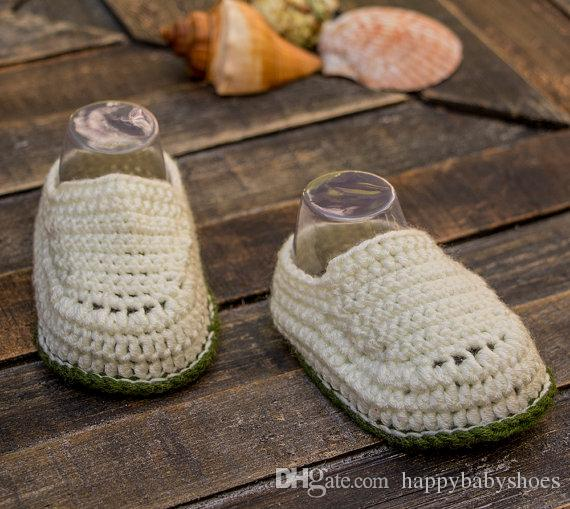 Egg shell white and olive green baby boy hand crocheted booties, crocheted baby snickers, crochet baby shoes 0-12M customize