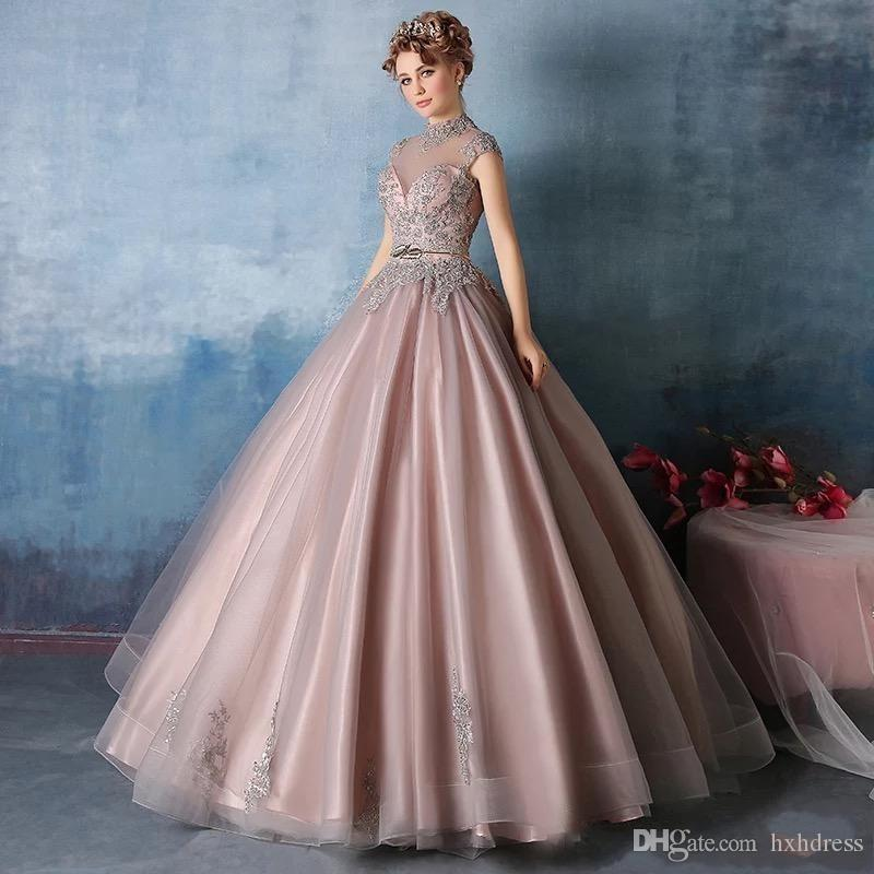 2019 New High Neck Quinceanera Dresses Lace Appliques with Crystal Beaded Ball Gown Sweet 16 Prom Gowns Vestidos De Quinceanera