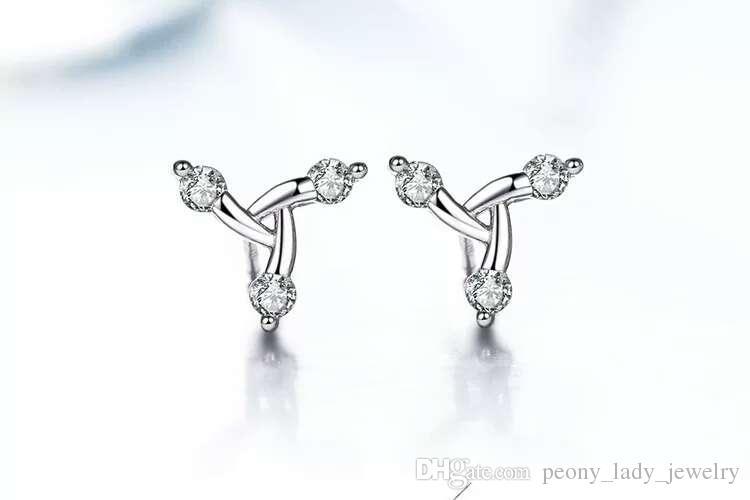 여성 귀걸이 스위스 크리스탈 스터드 귀걸이 선물 삼각형 디자인 새로운 도착 웨딩 charmsearrings