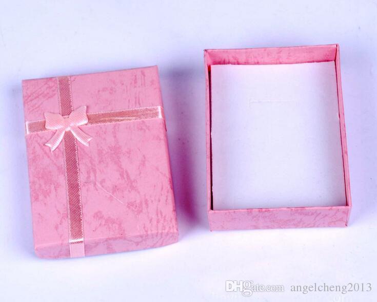7cm * 9cm * 2,5 cm displaylåda, smyckeskrin, ringlåda, halsband, presentförpackningar, / diverse färgleverans