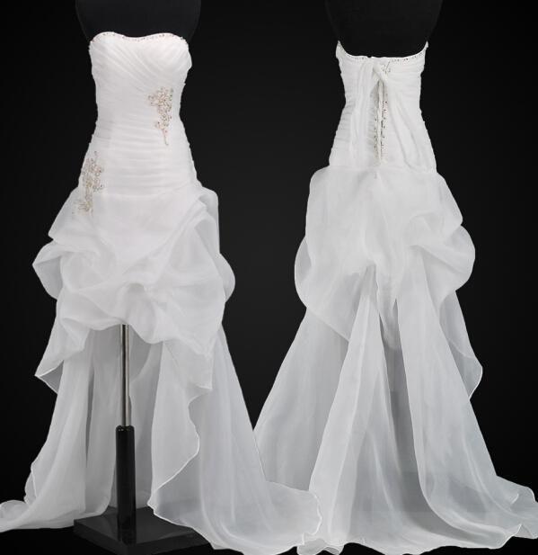 2014 Aplikacje Ruffles Zroszony Linia Beach Suknie ślubne poniżej 100 Wysokiej Niskiej Organza Lace Up Bridal Dress Suknie Tanie Moda