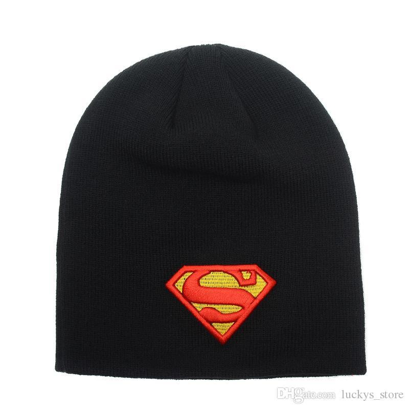 Cheap Superman Batman Berretti Cappello gli uomini con Pom, Rinfrescatevi Pink Dolphin Hip Hop Stoffe Cappelli Sport Skullies cappello caldo palla di inverno delle donne