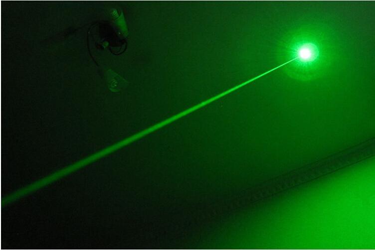 Kostenpreisförderung Hohe Leistung 532nm grüne Laserpointer SOS LAZER führte Taschenlampen 10 Meile am stärksten LAZER + Ladegerät + Kleinkasten + sicherer Schlüssel