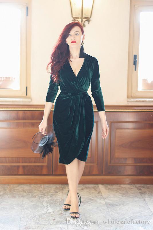 Vestido de Festa Sexy Dark Green V Neck Velvet Short Cocktail Dresses Long Sleeves Ruched Club Wear Dresses Evening Prom Dresses 2018