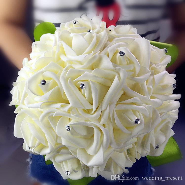 2015 boda nupcial caliente ramo de la boda decoración de dama de honor artificial Ramos de cuentas perlas de cristal falso flor rosa crema verde barato