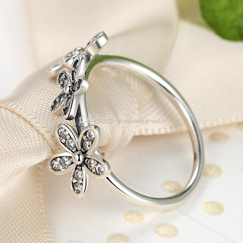 Dazzling Daisies 925 Sterling Sliver Rings with Clear Cubic Zirconia Elegant Engagement Wedding Rings for Women R031