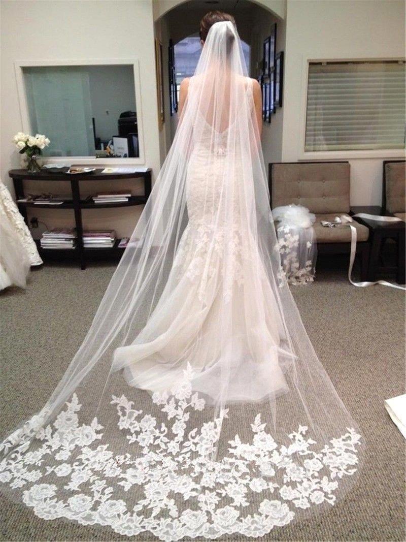 Ucuz Lüks Gelin Veils Dantel Aplikler ile 3 Metre Gerçek Görüntü Düğün Aksesuarları ile Fildişi / Beyaz Veils Gelin Katedrali Cpa219