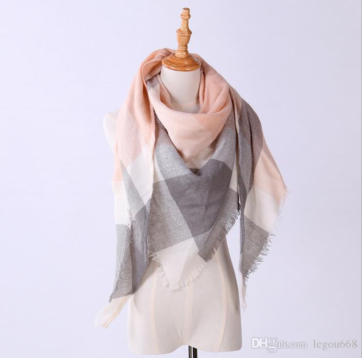 Nueva Moda Bufanda de Invierno Para Las Mujeres Caliente Bufanda de la Marca de Lujo A Cuadros de Cachemira Bufandas Mujeres Triángulo Vendaje Bufanda G1193