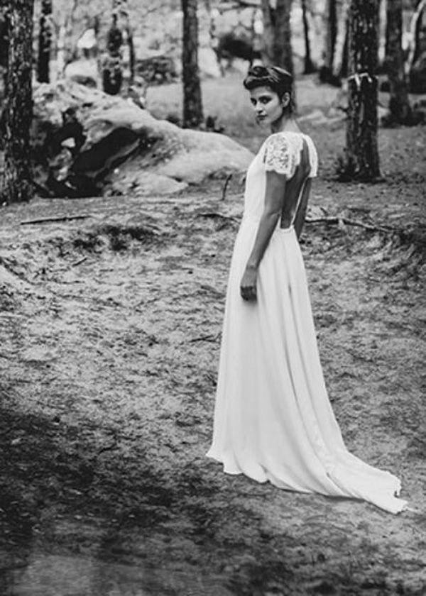 Vestidos de novia bohemia Laure de Sagazan Vestidos de novia Sexy Backless V Cuello Boho Playa Vestidos de novia Corta Sheer Mangas de encaje