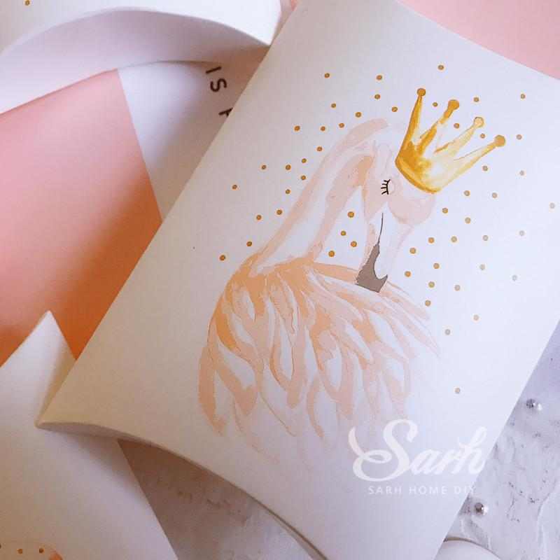 10Pcs/lot Swan Crown Feather Balloon Pillow Box Macarons Cake Box, Muffin Biscuits Box Baking Package