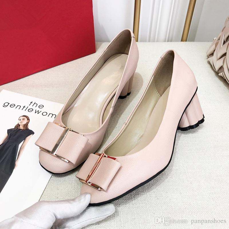 f270f0da07e Acheter 2019 Marque Femmes Sandales De Mariage Chaussures Noires Bude En  Cuir Verni Plat Mocassins Chaussures À Bout Pointu De  50.26 Du Panpanshoes  ...