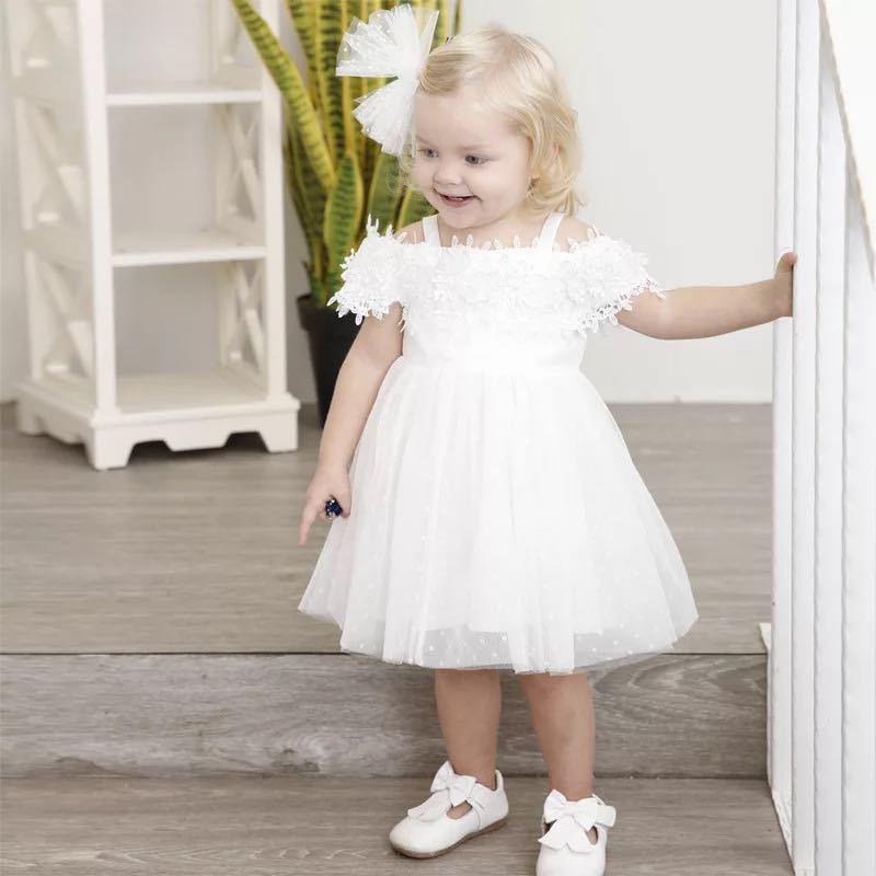 2fe8206578dca Acquista Wedding Party Abito Bianco Bambina Elegante Abito Da Ballo Bianco  Vestito Di Pizzo Ragazze Principessa Vestiti Costumi Di Fiori I Bambini A   40.42 ...