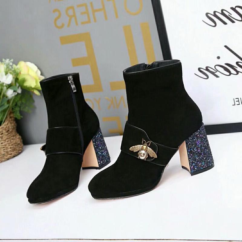 5d3285253b1 2018-dise-ador-mujer-paris-botas-de-moda.jpg