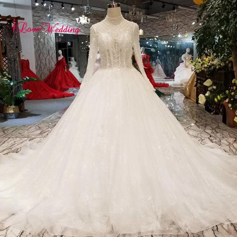 Discount 2019 New Arrival Luxury Lace Wedding Dress Custom Made High Neck  Long Sleeves Muslim Crystal Rhinestone Bridal Wedding Gown A Line Wedding  Dress ... b667b0787515