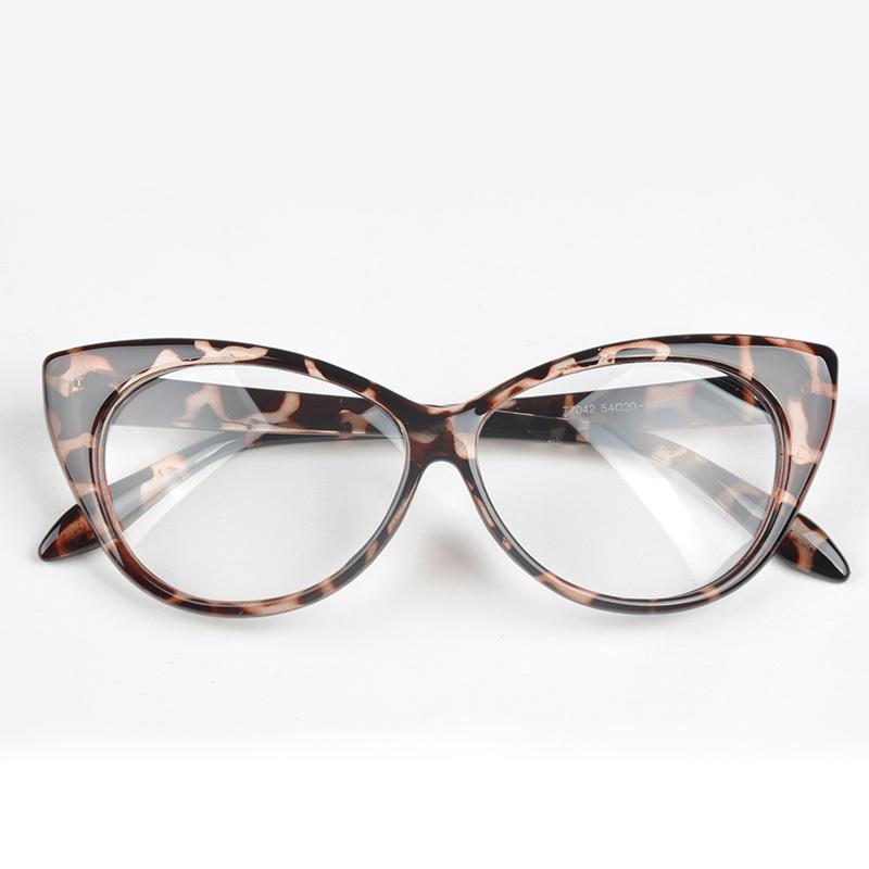 08c4ef883d 2019 Top Designer Hot Selling Cat Eye Glasses Retro Fashion Black Women  Glasses Frame Clear Lens Vintage Eyewear Goggles  5 From Mantous
