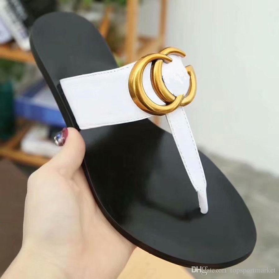 Deri Tanga Sandalet Kadınlar Lüks Desinger Terlik Moda Ince Siyah Çevirme Marka Ayakkabı Siyah Beyaz Kahverengi Kırmızı Altın Gümüş