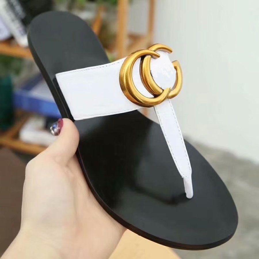 Kadınlar Lüks Desinger Terlik Moda Üzüm İndirim Ince Siyah Çevirme Marka Ayakkabı Ladie Bej Ayakkabı Sandalet Flippers Ggflipfloglar