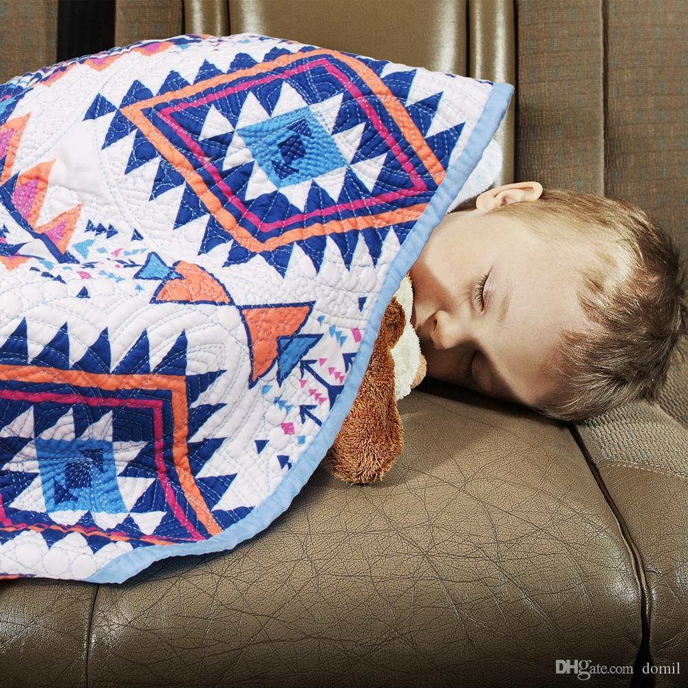 가비가 바 Pre-School 퀼트 담요 Aztec Blue Scalloped 퀼트 아기 커버 핑크 텐트 소녀 샤워 랩 선물 아기 DOM106GB003