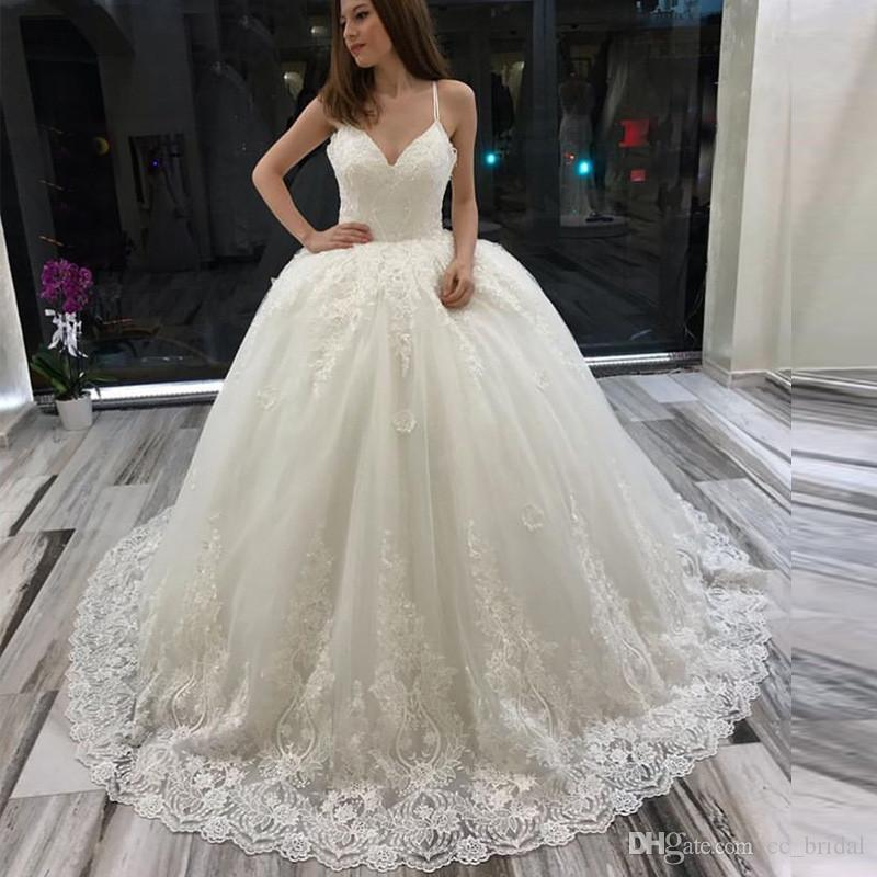 Puffy Tulle Ball Gown Wedding Dresses 2019 Luxury High End Appliques Lace  Bridal Gowns Long Plus Size Arabic Vestido De Noiva Custom Made Ballroom  Wedding ... 67be674d1f26