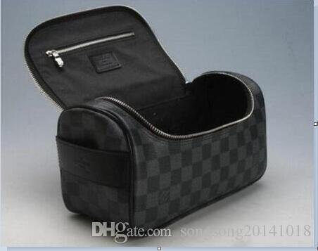 604af02eab5 2019 Louis Vuitton men travelling toilet bag fashion design women wash bag  large capacity cosmetic bags makeup toiletry bag Pouch 158