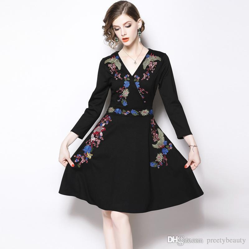 e51088134b4bc Satın Al Uzun Maksi Elbise Kadın Vintage Pileli Elbise Kızlar Için Ince Çiçekli  Elbise V Boyun Uzun Kollu Rahat Bir Çizgi Siyah Elbise, $91.09 | DHgate.