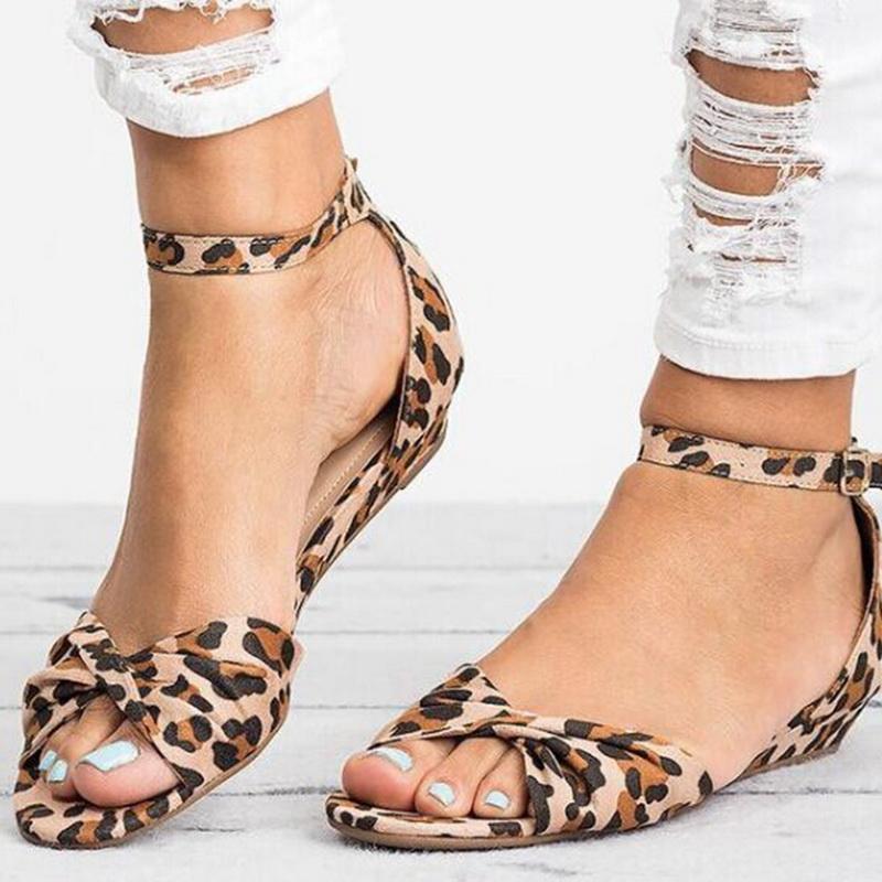 a48fe5b4b3b Oeak Leopard Print Flat Heel Women S Sandals 2019 Summer Women Summer Shoes  2019 Shoes Fashion Sandals Sweet Knee High Gladiator Sandals Sandals For  Girls ...