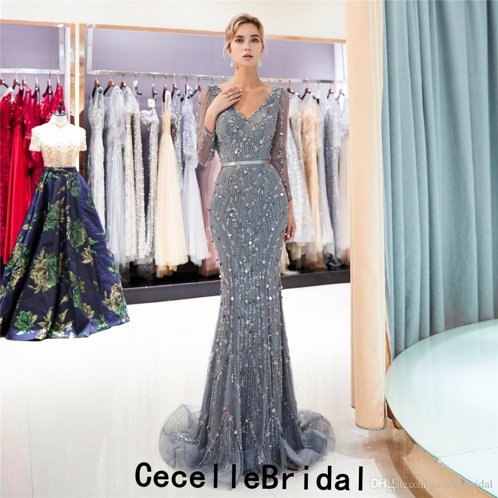 0798c25e13bd Acquista Nuovo Vestito Da Sera Lungo A Sirena Grigio Scuro 2019 Con Maniche  Lunghe Sexy Scollo A V Con Perline Molto Pesanti Vestito Da Sera Formale Da  Sera ...