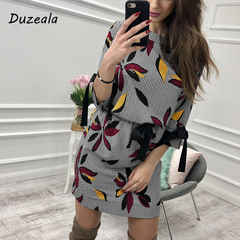 2dd8dd57911d Hot 2018 Women Casual Floral Printed Dress Women Sweet Bow O-neck Mini  Sundress Fashion Summer Party Dresses Beach Casual Dress