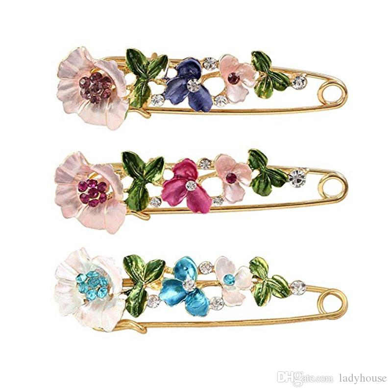Designer Brooches Crystal Flower Safety Decorative Pins Brooch Clip Clasp Pin for Clothing Scarves Shawl Buttons For Women Fashion Jewelry