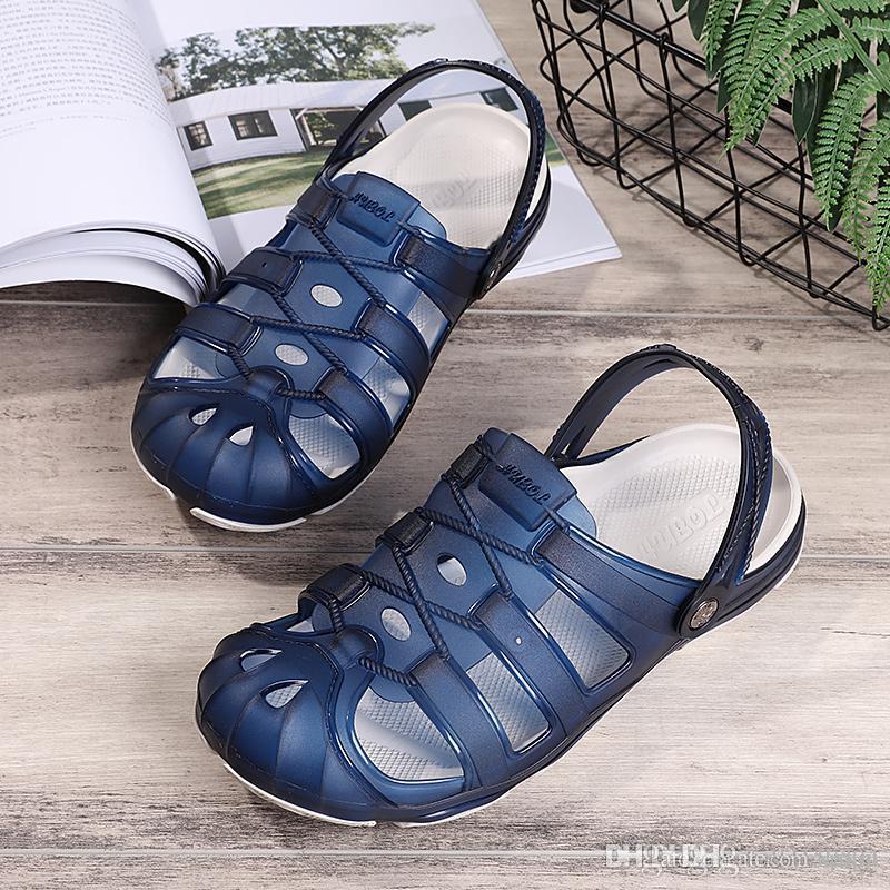 989e4c1d9ac0 Дышащие выдолбленные шлепанцы резиновые садовые туфли или сабо мужчины на  ...