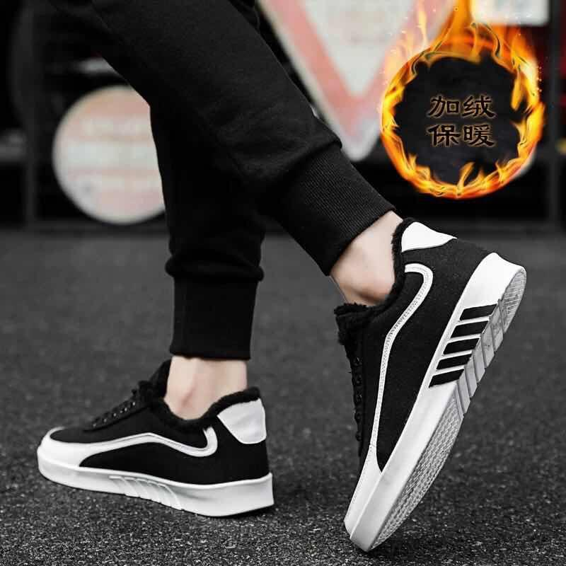 114fa6aafc7f 2019 New Summer Hole Shoes Men Breathable Wild Tide Shoes Men Beach  Slippers Youth Shoes Non Slip Casual Sandals Sports Shoes Womens Shoes From  Caikai03