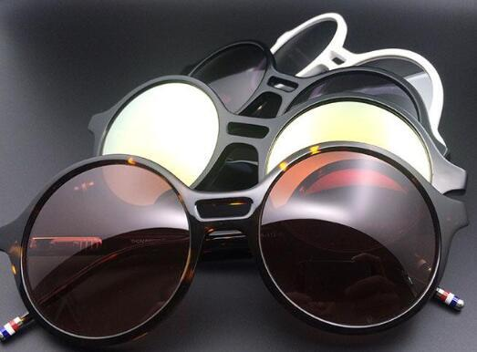 82cdcb19bef Luxury TB Sunglasses Brand Sunglasses Famous Designer Oval Glasses High  Quality Driving Glasses Old School Classic Designs Goggles Eyewear Online  with ...