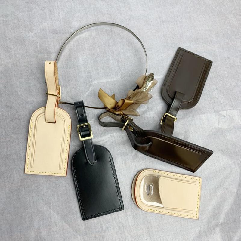 Old Cobbler 키 팔걸이 수하물 꼬리표 클래식 리얼 가죽 맞춤형 맞춤형 로고 여행 라벨 핫 스탬핑 이니셜 추가
