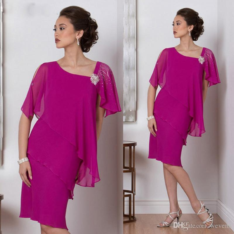 Fuchsia Mother Of The Bride Dresses Knee Length Irregularity Neck Short Sleeve Beaded Cocktail Party Gown Tiered Chiffon Mother's Dress