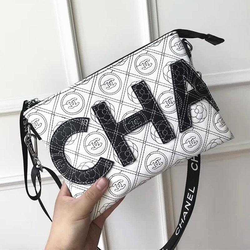 e8182152400 Fashion Paris Show Designer Lady Chain Bag Shoulder Bags Top Quality Luxury  Crossbody Bag Classic Black White Bags Women Vintage Tote Bags