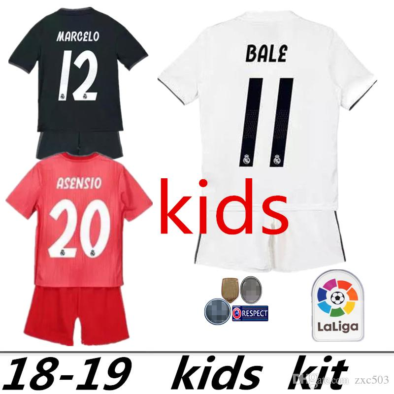 2019 2019 Real Madrid Kids Kit Soccer Jersey 2018 19 Home White Away 3RD  Red Boy Child Youth Mariano ISCO ASENSIO BALE KROOS Football Shirts From  Zxc503 b6eab7428