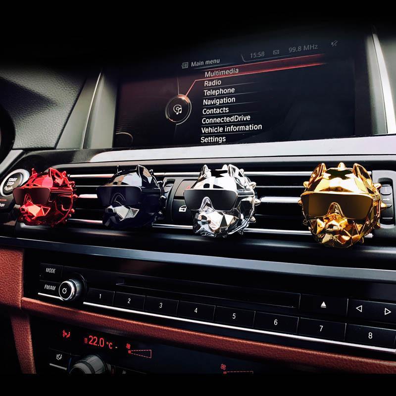 Großhandel Bulldogge Mode Auto Lufterfrischer Parfüm Clip Duft