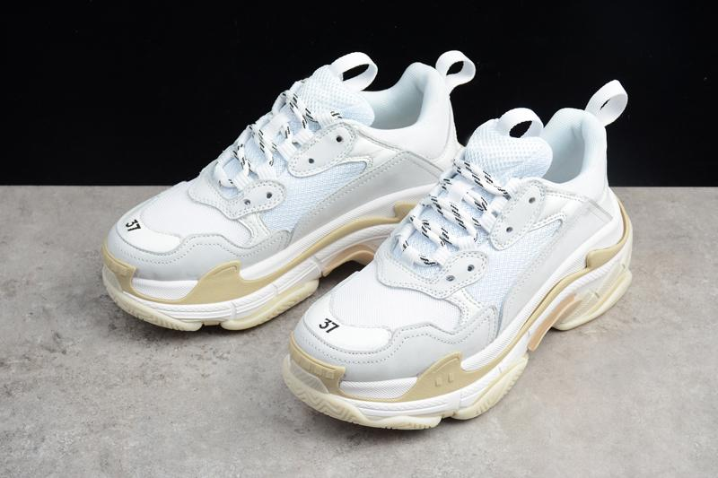 53f35191e 2019 New Arrival-Ba lenciaga MG Triple S 17FW Running Basketabll Shoes  Womens   Men Original Outdoor Sneakers Size 36-45 Z024 Online with   89.83 Piece on ...