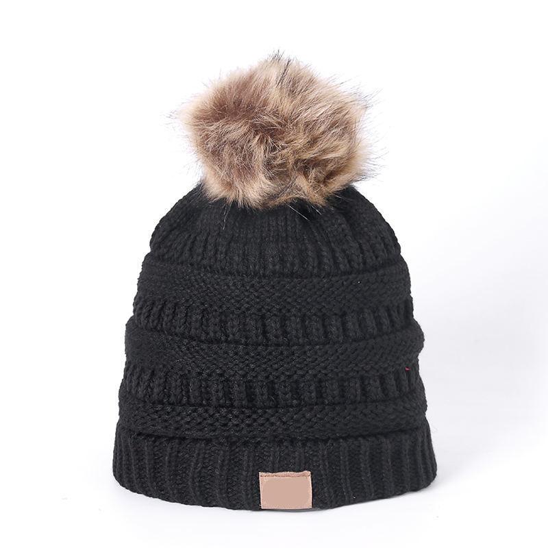 Compre Sombrero De Punto Sombrero De Invierno Moda Sombreros De Punto  Negros Sombrero De Otoño Gorro Grueso Y Cálido Skullies Beanie Gorro De  Punto Suave A ... 42d3dc2d701